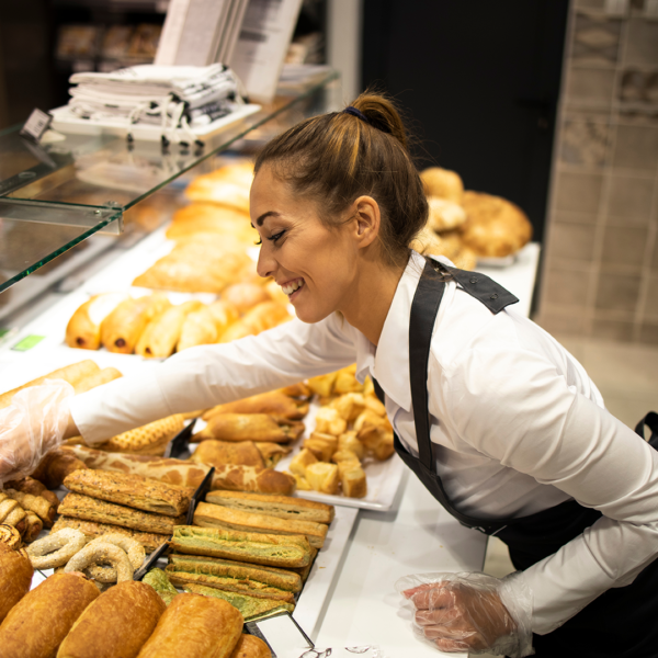 Retail food worker in a bakery
